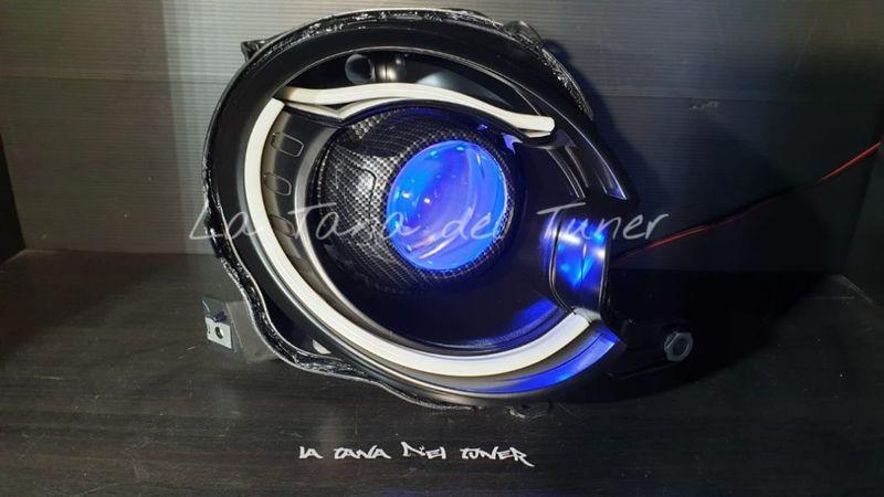 500-500-abarth-per-versione-xenon-cover-carbonio-doppia-strip-led
