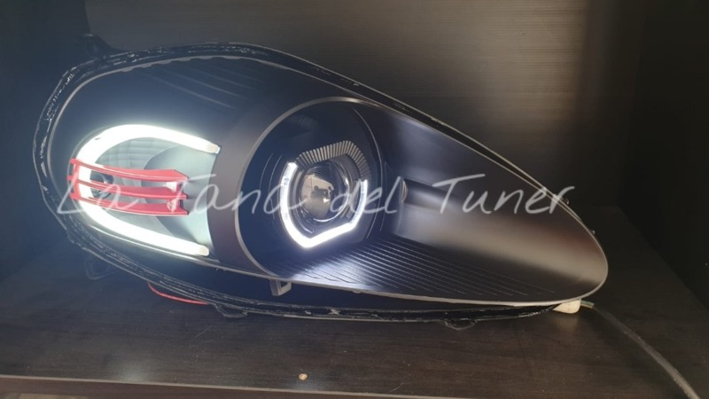 grande-punto-abarth-lenticolare-bad-look-nero-strip-led-e-inserto-rosso