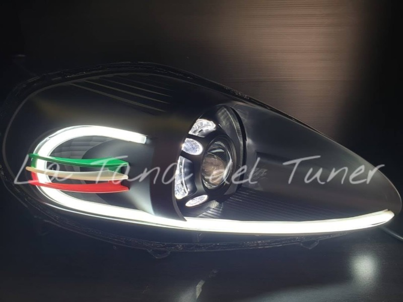 grande-punto-abarth-lenticolari-black-panamera-angel-eyes-strip-led-e-inserto-tricolore